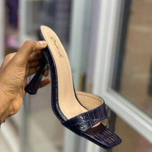 Ladies Heeled Slippers - Black discountshub