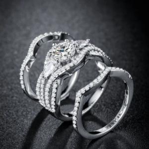 Trendy Wave Rhinestone Zircon Ring Set Geometric Gold Plated Diamond Couple Ring discountshub