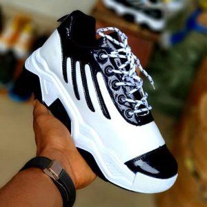 Classic Trendy Unisex Sneakers-white/black discountshub
