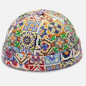 Unisex Colorful Retro Ethnic Pattern Paved Brimless Beanie Landlord Cap Skull Cap discountshub