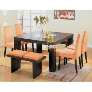 Dining Table. DELIVERY ONLY TO LAGOS RESIDENCE discountshub
